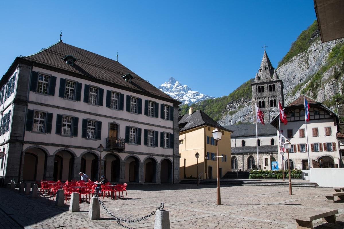 Ville De Saint Maurice En Suisse